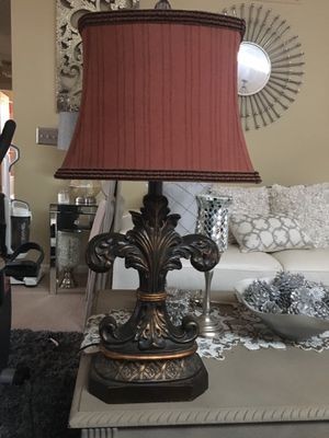 Beautiful lamp for Sale in Taylor, MI