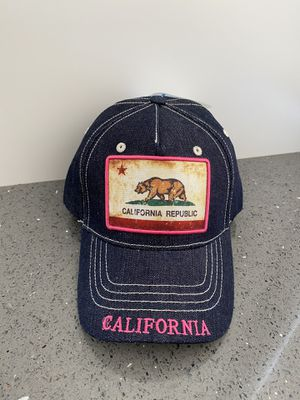 California Republic pink hat for Sale in Coconut Creek, FL