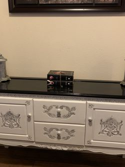 Entry Table / Vanity for Sale in Portland,  OR