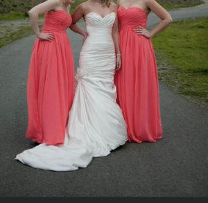 Wedding Dress Ivory size 8-10 Maggie and sottero for Sale in Spanaway, WA