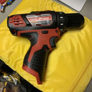 12v Drill Milwaukee for Sale in Midlothian, IL