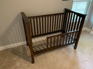 Pottery Barn Kendall Crib and Changing Table for Sale in Dallas, TX
