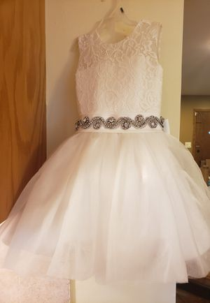 Flower girl dress size 18 m _ 2t for Sale in Palos Hills, IL