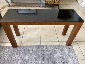 Desks for Sale in Miami, FL