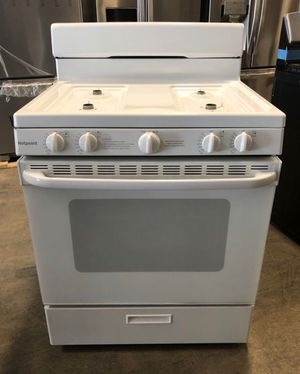 Hotpoint 4.8- cu. ft. Freestanding Gas Range. Take home for $40 down EZ financing. for Sale in Miami, FL