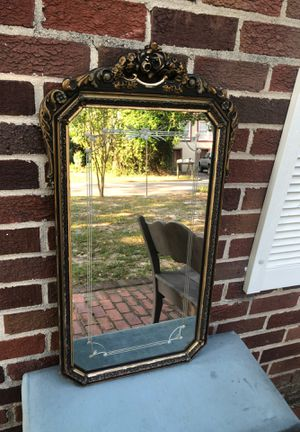 Beautiful antique etched gold gilded ornate mirror for Sale in Valdosta, GA
