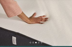 Casper bed for Sale in Choctaw Beach, FL