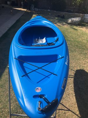 Kayak new for Sale in Bakersfield, CA