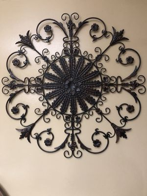 Metal wall decoration for Sale in North Olmsted, OH
