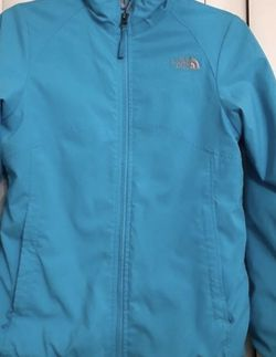 The North Face Jacket For Girl for Sale in Princeton,  NJ
