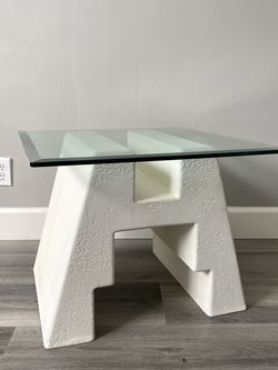Vintage Plaster Post Modern Deco Side Coffee Table for Sale in Los Angeles,  CA
