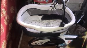 Graco baby swing for Sale in Tampa, FL