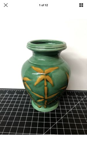"""Green bamboo flower vase 7"""" for Sale in Los Angeles, CA"""