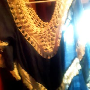 Boutique blouse size medium for Sale in Joplin, MO
