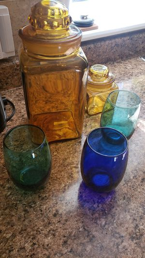 Vintage Amber glass canisters and wine glasses. for Sale in Lynnwood, WA