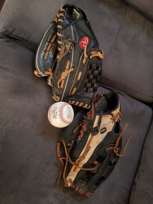 Rawlings and Mizuno Baseball gloves with ball for Sale in Los Angeles, CA