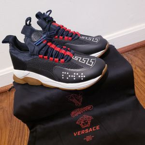 Designer Chain Reaction Versace Shoes(Black) Trainer for Sale in Silver Spring, MD
