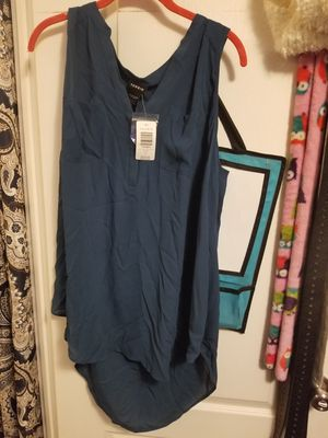 Blue dressy shirt from torrid for Sale in Marengo, OH