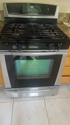 Whirlpool stove for Sale in Las Vegas, NV
