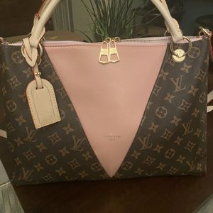 Louis Vuitton LV Tote for Sale in Scottsdale, AZ