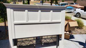 White Bedroom set for Sale in Clovis, CA
