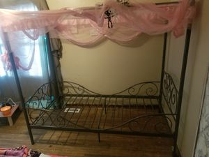 Twin Size Princess Bed frame for Sale in Wichita, KS