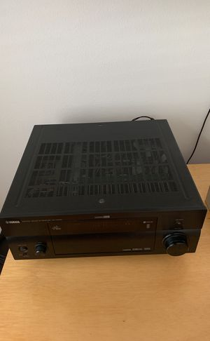 Yamaha AV receiver RX V2700 for Sale in Port St. Lucie, FL