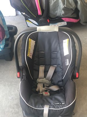 Car seat with base for Sale in Augusta, GA