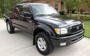 2004 Toyota Tacoma SR5 Wondefull for Sale in Richmond, IN