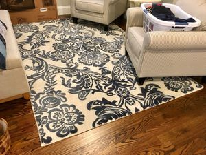 World Market 100% wool rug - 9' x 6' for Sale in Wayland, MA