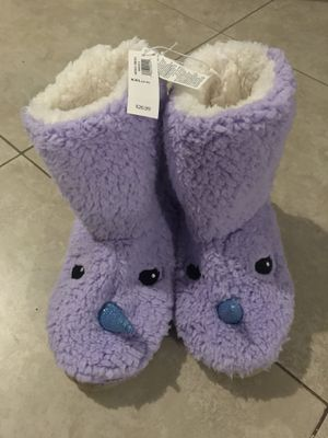 Old Navy Girl's Plush Sherpa Unicorn Boots, Size Large (1-2), XXL (5/6) for Sale in San Diego, CA