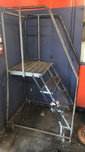Step ladder for Sale in Stockton, CA