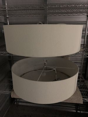 """Light fixtures. Easy hang and set up. Great shape. About 32"""" x 10"""" for Sale in Las Vegas, NV"""