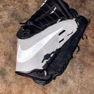 Reflective Nike Hyperfuse Outfielders Glove for Sale in Beaverton, OR