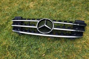 ML350 Benz front grill for Sale in Whittier, CA