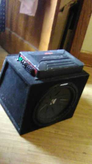 Kicker speaker with two amps for Sale in Southbridge, MA