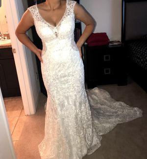 Wedding dress for Sale in Lake Wales, FL