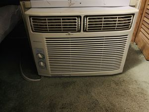 12000 BTU Frigidaire AC in good working condition. for Sale in The Bronx, NY