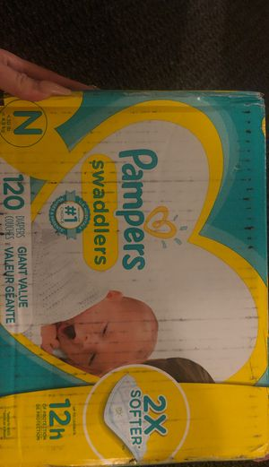 Pampers newborn 120ct for Sale in Sacramento, CA