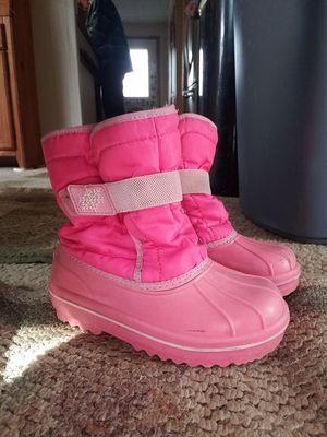 Girls snow boots size 11 for Sale in Saylorsburg, PA