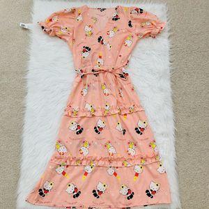 Hello kitty dress for women for Sale in Sacramento, CA