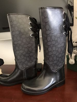 Rain boots. Size 7 i only used last year see all pics for Sale in Chino Hills, CA