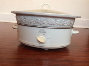 Rival Stoneware Crock Pot - 6 QT slow cooker with removable decorative stoneware serving dish for Sale in Seattle, WA