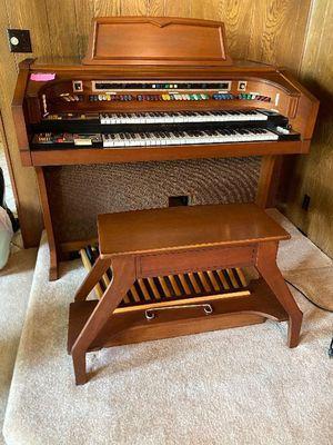 Organ for Sale in DW GDNS, TX