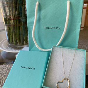 """RARE** Tiffany & Co. Elsa Peretti large heart pendant with 18"""" chain 925 Silver for Sale in Orange, CA"""