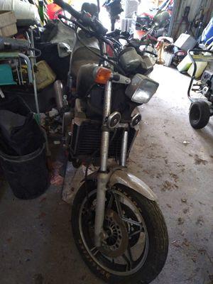 83 v 65 Honda magna 500$ for Sale in Osteen, FL