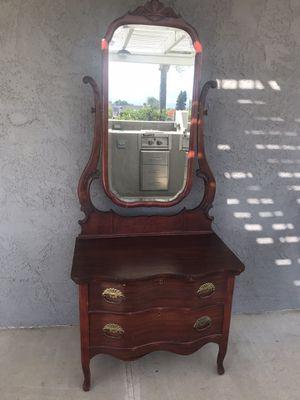 Antique vanity dresser for Sale in Norco, CA