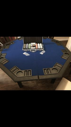 Poker table and chips for Sale in Crestview, FL