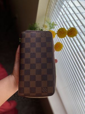 Lv Womens Wallet for Sale in Orlando, FL