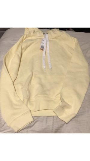 Forever 21 yellow hoodie brand new w tags for Sale in Las Vegas, NV